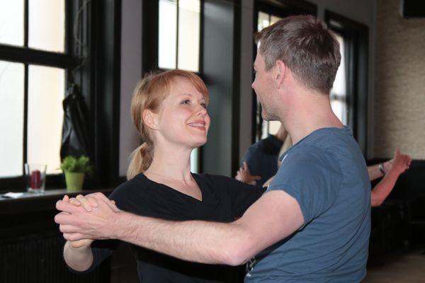 csm_Paerchen-beim-Tanzen-02_e5f0d35aac